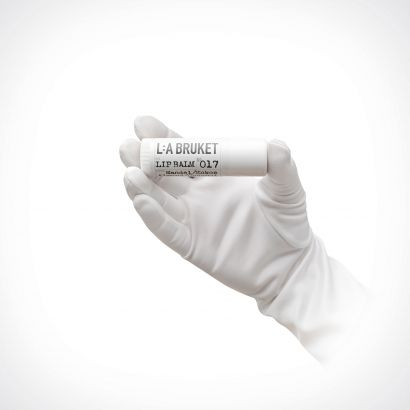L:a Bruket 017 Almond/Coconut Lip Balm | 17 ml | Crème de la Crème