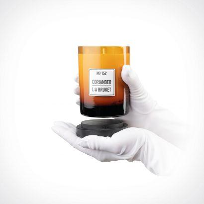 L:a Bruket Coriander Candle | kvapioji žvakė | 260 g | Crème de la Crème