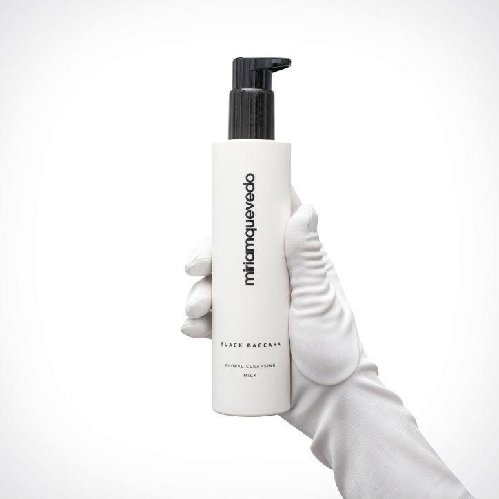 Miriam Quevedo Black Baccara Global Cleansing Milk | 200 ml | Crème de la Crème